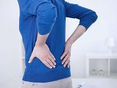 慢性腰肌劳损让人烦恼。如何按压中医按摩?