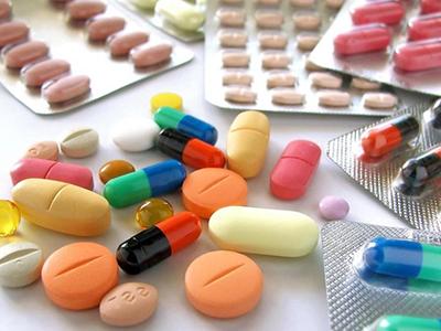 """抗生素滥用的""""四害"""""""